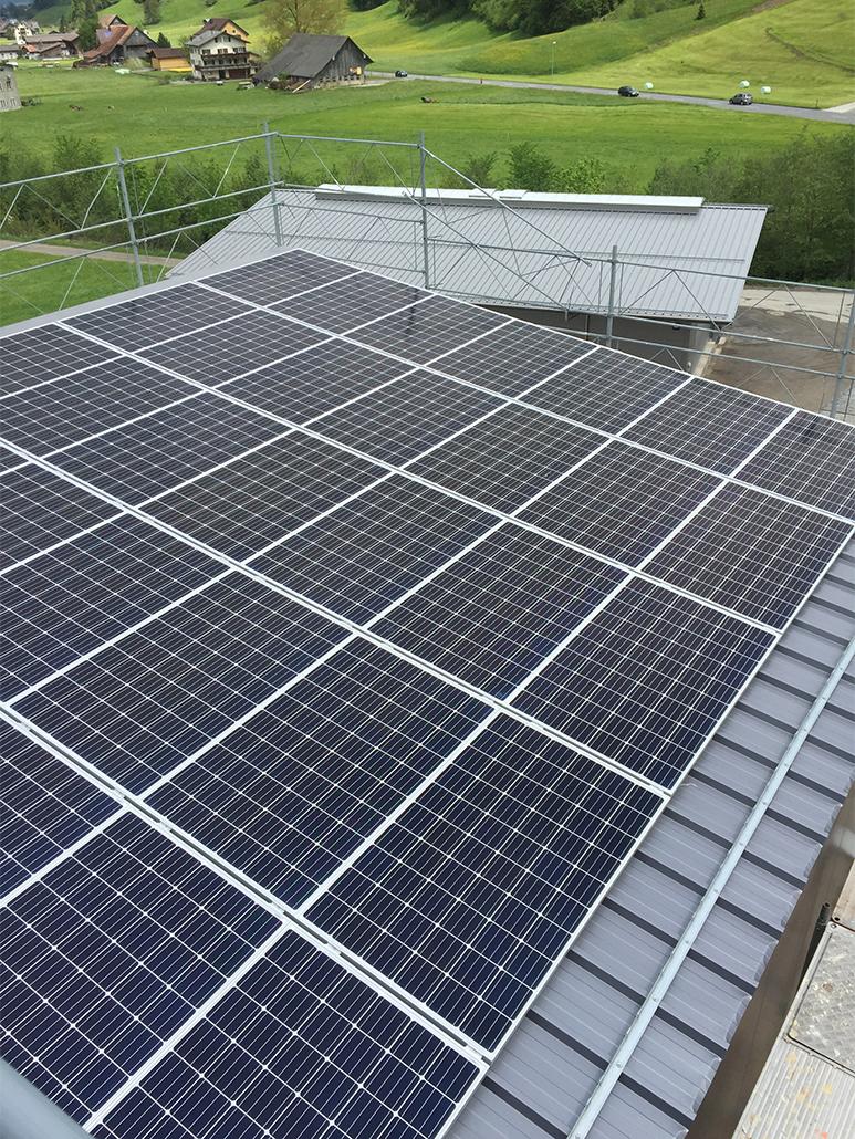 photovoltaikanlagen die sonne unter dach und fach. Black Bedroom Furniture Sets. Home Design Ideas